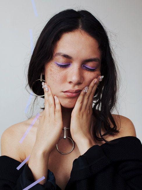 lavender eyeliner, makeup inspiration