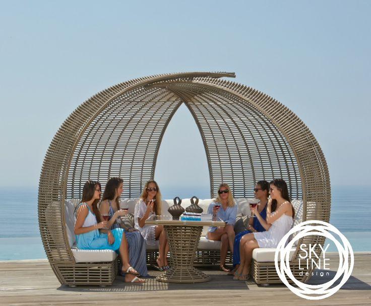 Я теперь понял, что самый верный способ узнать, нравится тебе человек или нет, – это поехать с ним путешествовать.© Марк Твен   Всегда на складе в Москве. Мебель выполнена из синтетического волокна REHAU #rehau, на алюминиевом каркасе. Модель дополнена подушками со съемными чехлами, из ткани SUNBRELLA #sunbrella  #skylinedesign #skldesign #skldr #outdoorfurniture #уличнаямебель #сыртқыжиһаз #вуличнімеблі #мебельизискусственногоротанга #садоваямебель #мебельдлягостиницы #мебельдляресторана…