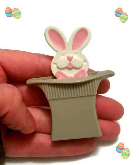 Check out this item in my Etsy shop https://www.etsy.com/ca/listing/598907169/cute-avon-rabbit-tricks-pin-70s-magic