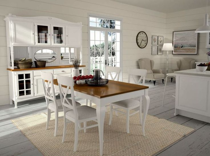 Cucina e sala da pranzo in stile country