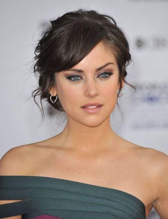 Hairstyles For Medium Length Hair Bangs : Best 25 shoulder length hair updos ideas on pinterest wedding