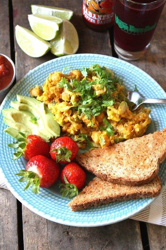 <b>Meat-free and mostly whole-foods deliciousness for breakfast, lunch, and dinner.</b> Vegan-friendly, too!