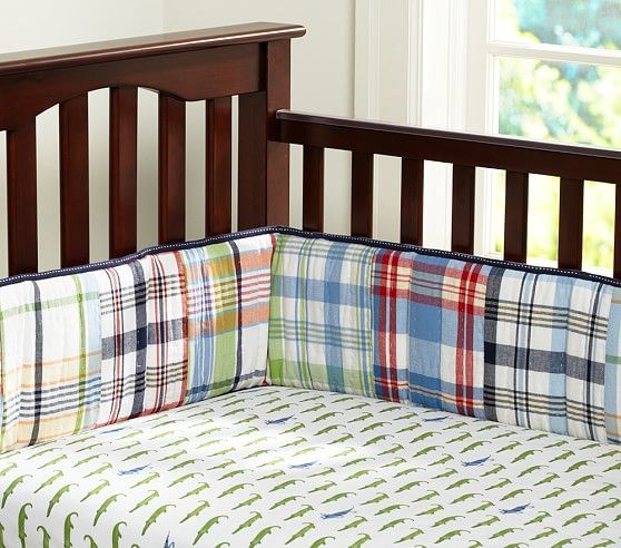 Gator Crib Fitted Sheet C S New Room Cribs Crib