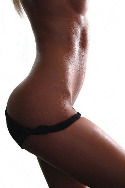 Awesome body including strech marks!!!