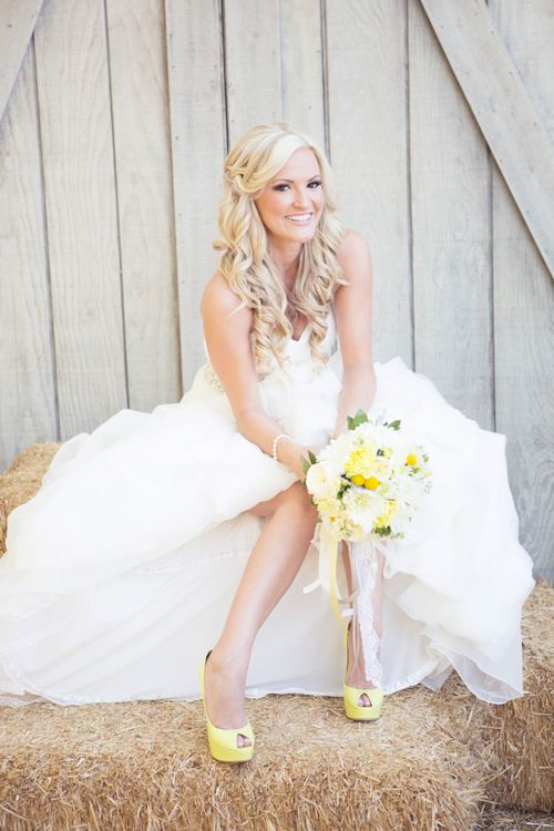 The gorgeous bride at her chic CA wedding photo by Christine Bentley Photography | junebugweddings.com