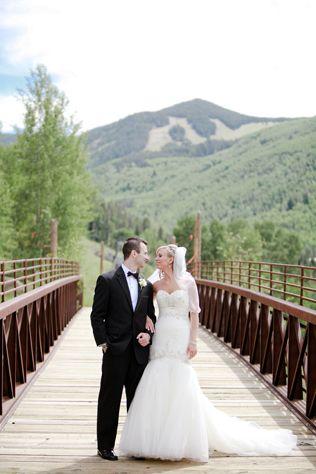 Destination Weddings – Colorado: A Storybook Colorado Wedding // Photo by: Cara Leonard Photography, Ceremony/Reception Site: Park Hyatt Beaver Creek Resort & Spa #Colorado #destinationx