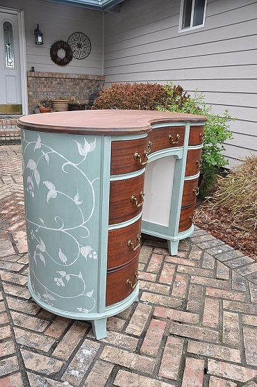 22 Best Images About Desk On Pinterest Shabby Chic Desk Brass Color And Leather Tops