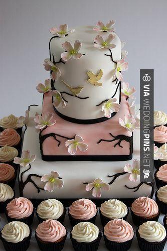 So awesome! - Wedding Cake Trends 2016 - Tortas de casamiento con cupcakes | CHECK OUT MORE AMAZING INSPIRATIONS FOR TASTY Wedding Cake Trends 2016 AT WEDDINGPINS.NET | #weddingcaketrends2016 #weddingcakes #cake #weddings #weddingphotos #weddingpictures