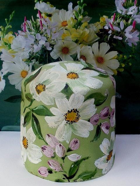 painted daisies cake