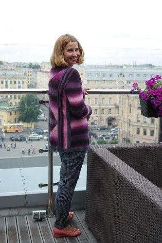 Кардиган Noromania связан по дизайну Татьяны Жигалкович (Эльвинг)  из бобинной пряжи Giglio Grignasco, цвет черничное мороженое, в 100г 400м, 100% Superwashmerino. Для отделки использовала бобинную  …