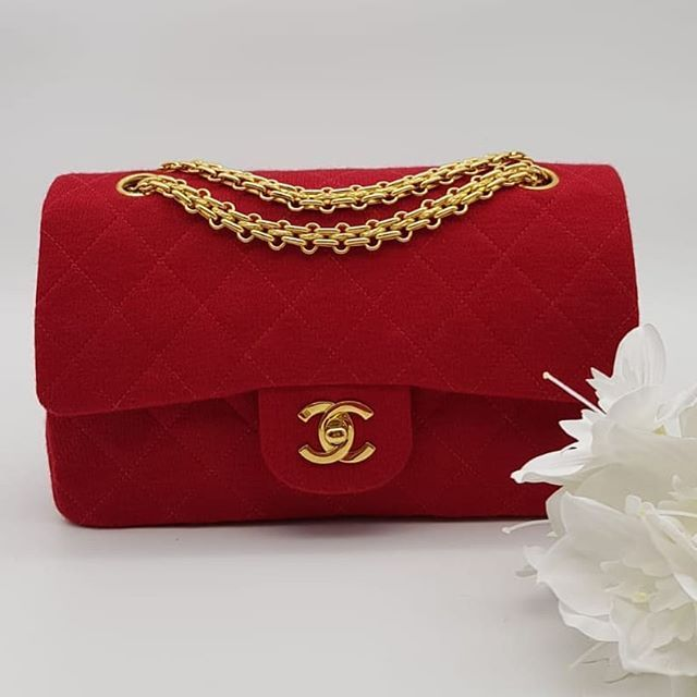 2500 Wire Preloved Chanel Vintage Reissue Flap Bag Small Red Jersey Gold Hardware Serial Code Starting With 322 Come With Vintage Chanel Flap Bag Small Bags