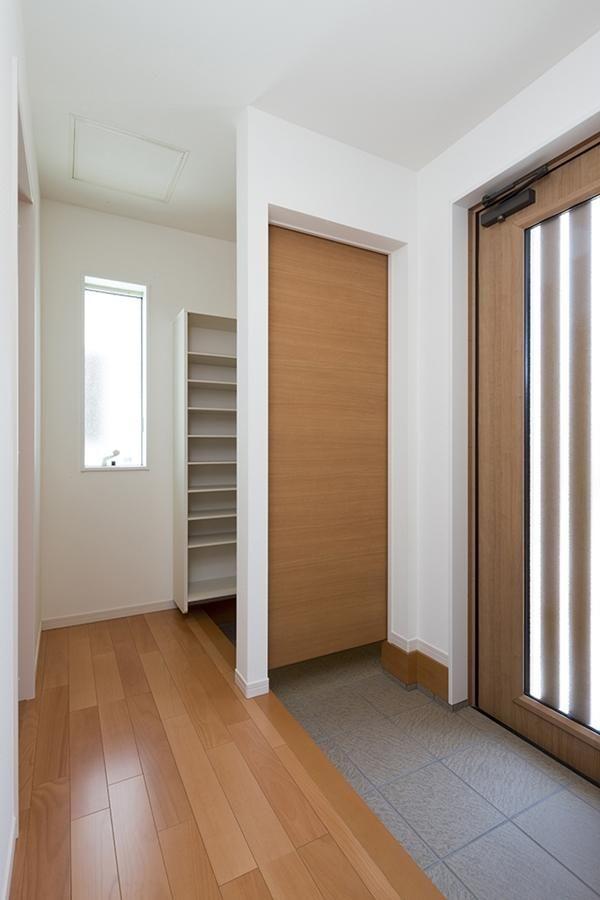 玄関 実例集 ウンノハウス 自由設計 注文住宅のハウスメーカー