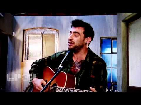 "Hedley - ""Sweater Song"" Acoustic Live Performance <3"
