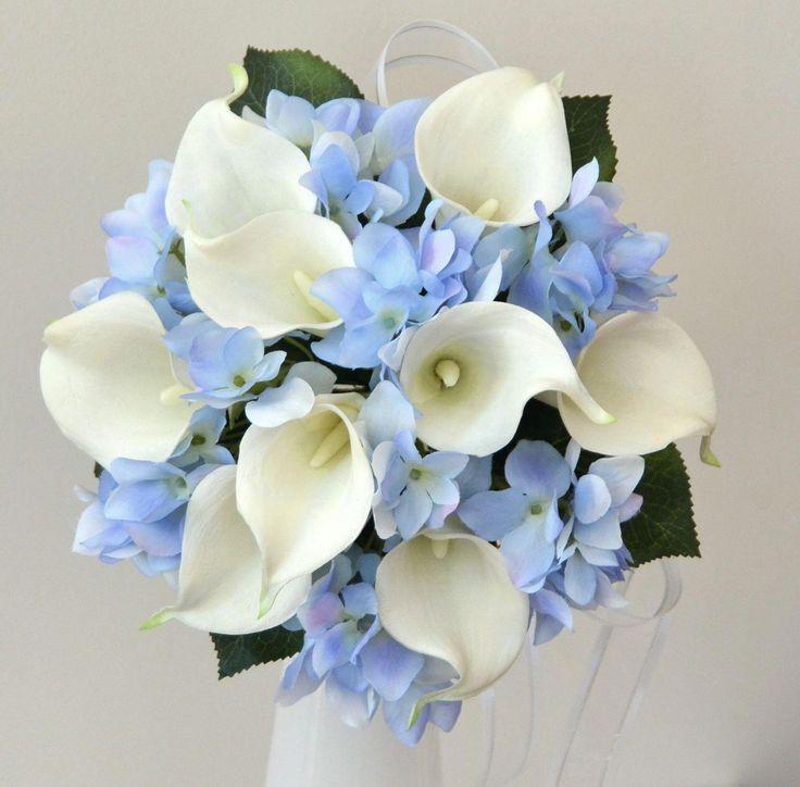 Букет каллы невесты с голубыми глазами