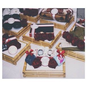 Kraton Trays w/ Red Roses~