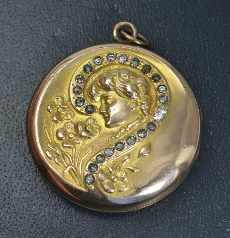 Evelyn Nesbit - antique Gibson Girl locket