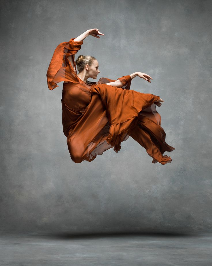 Charlotte Landreau (Martha Graham Dance Company) photographed by Ken Browar and Deborah Ory.