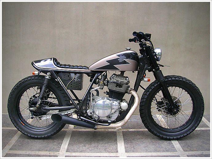 """Ulah Adigung 002"", Kawasaki KZ200 - custom build by Gilberto Manoch"