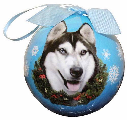 (http://www.notforpussys.com/siberian-husky-christmas-ball-ornament/) #dog #siberianhusky