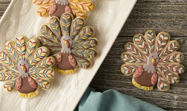 These Marbled Turkey Cookies from SweetAmbs are stunning. These would be a great addition to any Thanksgiving dessert table. Try them yourself!