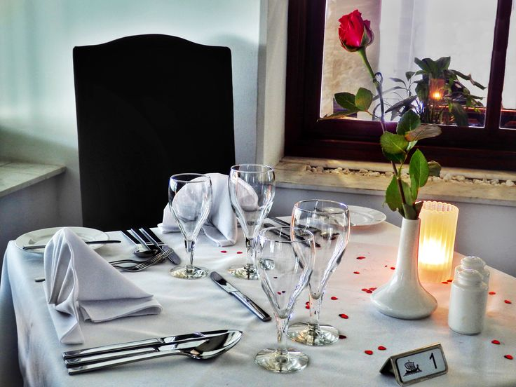 What are your special plans for tonight? Why not surprise the significant other with a candlelight dinner? Your romantic table for two awaits….at Grecian Bay Hotel Cyprus !  #romance #grecian #hotel #bay #ayianapa #cyprus #dinner
