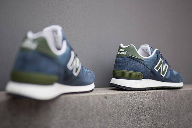 New Balance 670   Blue / Green