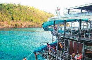 Quicksilver Cruise - Views Activities in Quiksilver Crurises 4