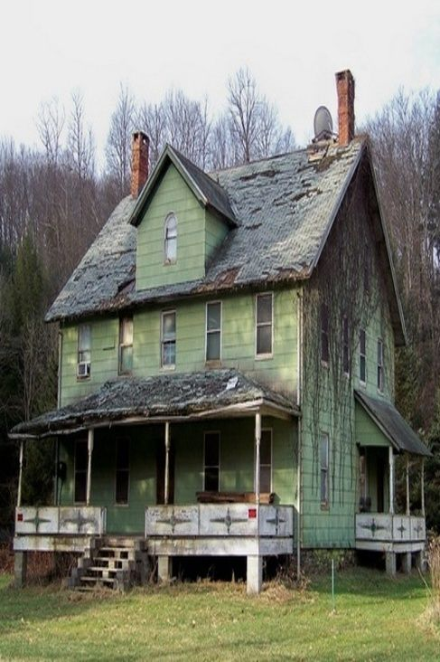 """Farm House. """"Mountaindale House"""" -- [An abandoned house in Mountaindale, New York. It probably served as a rooming house during the Borscht Belt Era.]~[Photograph by rchrdcnnnghm (Richard)."""