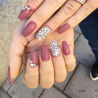 Nails Color Wine 2017