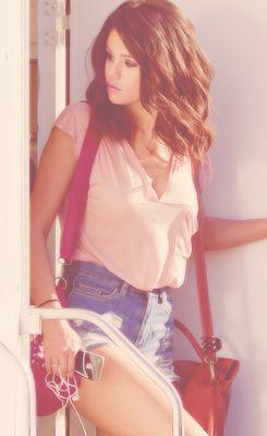 #Selena Gomez - hair?  I just love her hair.