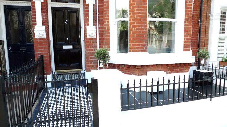 http://rhsblog.co.uk/wp-content/uploads/2011/11/front-garden-black-and-white-tile-path-london.JPG