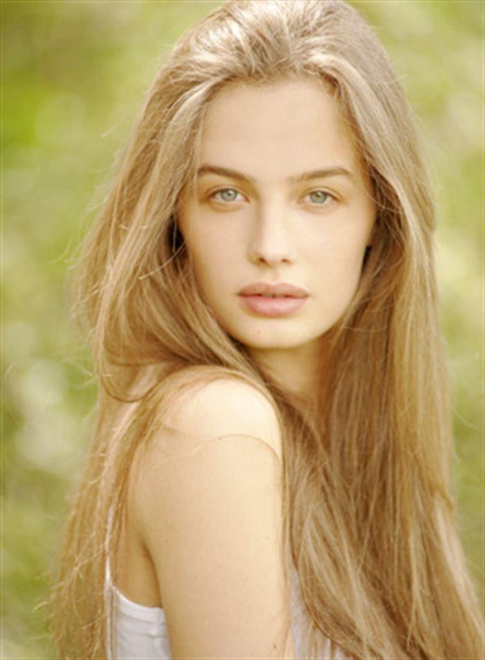 Aira Janulyte - Czechoslovak Models