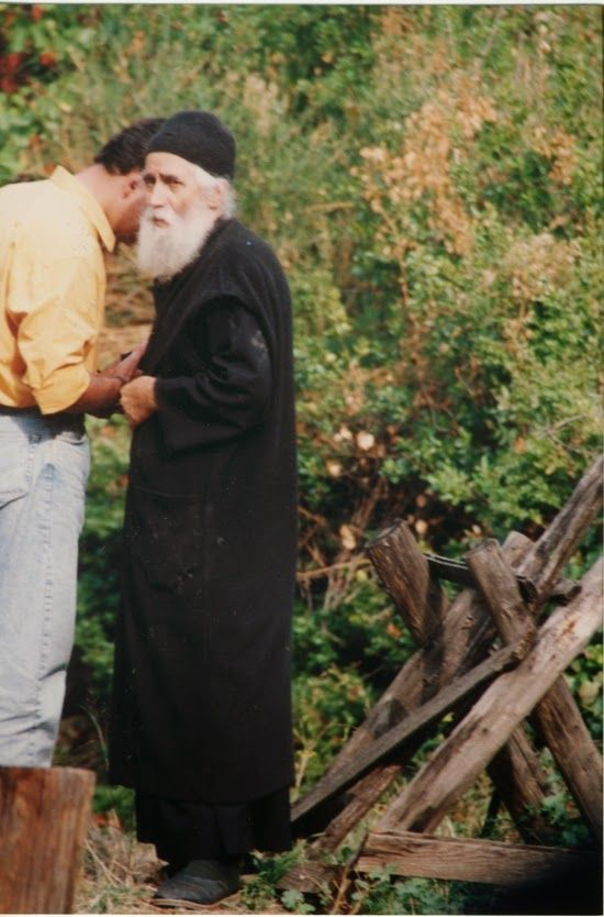 MYSTAGOGY: How a Sinner Came to Know Elder Paisios in Mount Athos