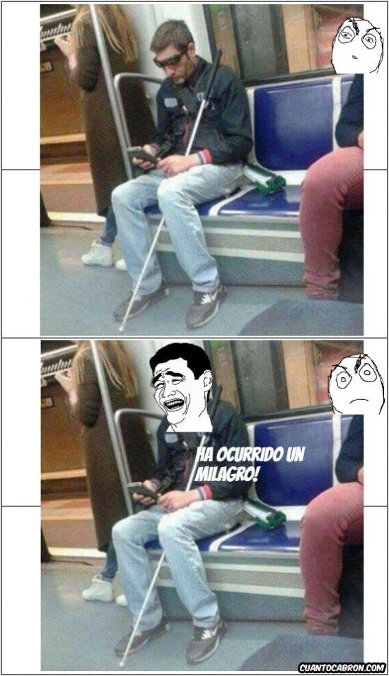 ★★★★★ Memes chistosos de amor: Milagro en el metro de Barcelona I➨ http://www.diverint.com/memes-chistosos-amor-milagro-metro-barcelona/ → #memeschistosos #memesderisa2016 #memesgraciososmexicanos #memesgraciososparaadultos