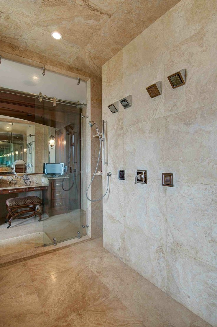 Perfect shower.  http://costaricamilliondollarhomes.com/Casa-World-Class-Luxury-Estate-Home/index.html
