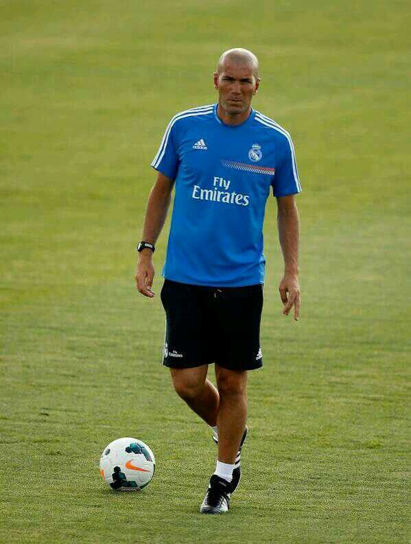 Zizou in the first training of the season.