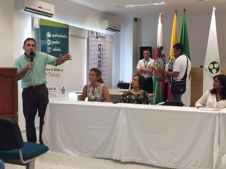 #AEstaHoraEnCecar: Con presencia del alcalde de Sincelejo, Jairo Fernández Quessep y la rectora de CECAR, Piedad Martínez Carazo, entre otros, se hace el lanzamiento de la Semana Fitness en el Bloque F de la Corporación.