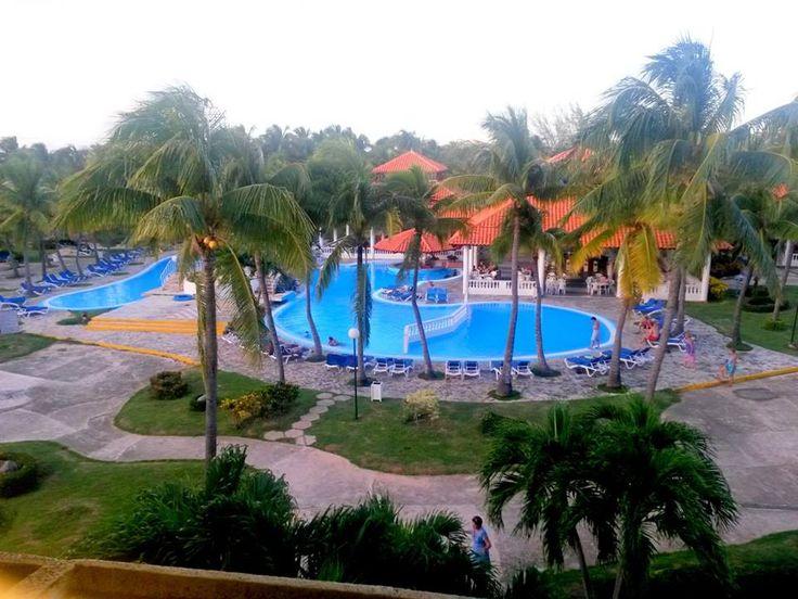 Vista de las piscinas del hotel Sol Sirenas Coral Varadero Cuba