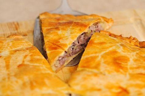 Супер нежный пирог с капустой и мясом придется по вкусу всем