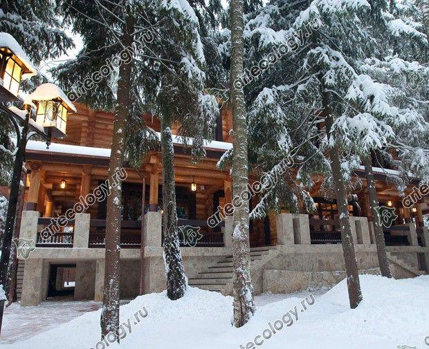 Реконструкция дома из лиственницы 2012 год. Фонари под снегом.
