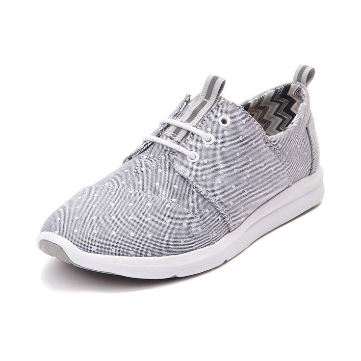 Combining TOMS classic comfort with streamlined sneaker style, the new Del Rey Casual Shoe is perfect for everyday casual wear. The Del Rey Casual Shoe sports breathable canvas uppers with polka dot prints, and lightweight, flexible outsole for supportive comfort and traction. <b>Only available at Journeys and SHI by Journeys!</b>  <br><br><u>Features include</u>:<br> > Breathable canvas upper with chevron printed lining<br> > Lace closure offers a secure fit<br> > Molded EVA midsole for…