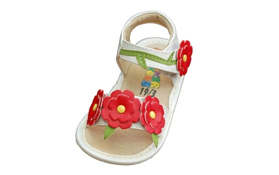 Squeaky Shoes White Leather with Red Flowers Sandals Size 4 Girls $15.00: Flowers Sandals, Sneakers Sandals, Sandals Size, Red Flowers, Shoes White, Squeaky Sandals, Squeaky Shoes, Squeaker Sandals, Baby Stuff