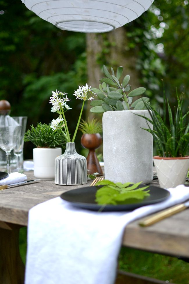 Urban Jungle Bloggers: Planty Table Setting By @look33