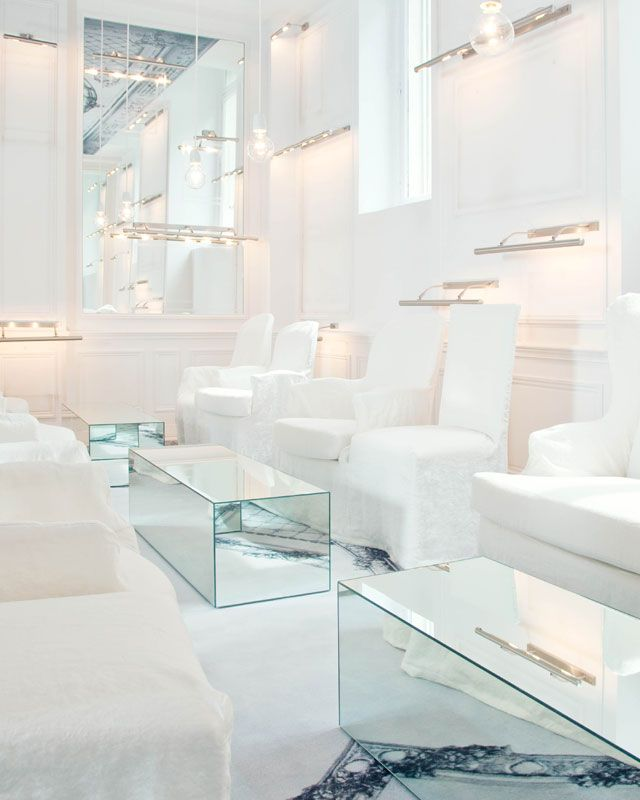 The White Lounge at the Maison des Champs Elysees in Paris, stunning...do they even serve red wine here?!