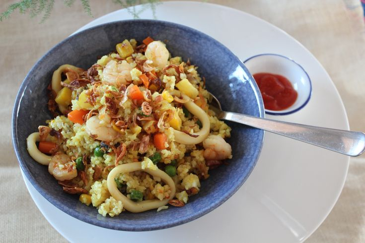 Marinara Vegetable Fried Rice - The Great Left-over // Cook Up A Passion RECIPE: http://cookupapassion.com.au/marinara-vegetable-fried-rice/ ♥ A busy mum / dad will just love it! We love it, so does my little tricky 2.5 year old daughter. ♥