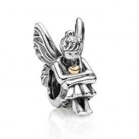 Zilveren Elfje bedel met een gouden hartje op haar borst 791206. Begin jouw eigen sprookje met deze bedel met elfje.