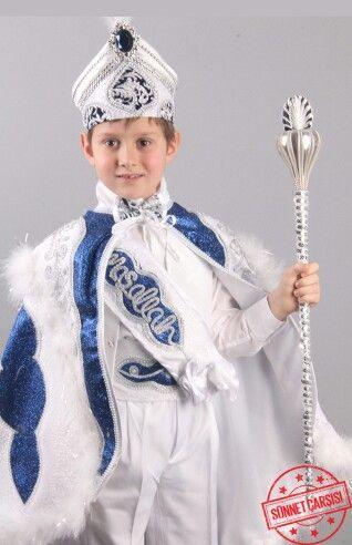 Çelebi beyaz lacivert pelerinli sünnet kıyafeti 0212 909 32 31 www.sunnetcarsisi.com