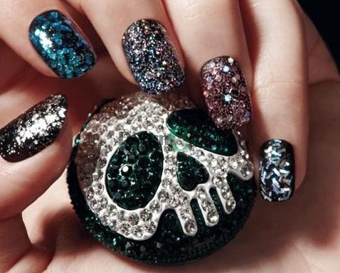 Scopri ColorPlay di Debby – Per unghie scintillanti!