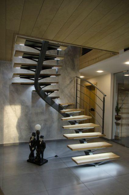 1000 id es sur le th me clairage d 39 escalier sur pinterest clairage so - Escalier milieu de piece ...
