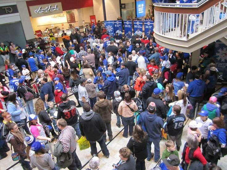 The #Toronto #BlueJays came to Lansdowne for a 2 hour autograph/meet and greet session on January 12, 2014. What a fabulous turn out! #Baseball #GTA #Toronto #PTBO